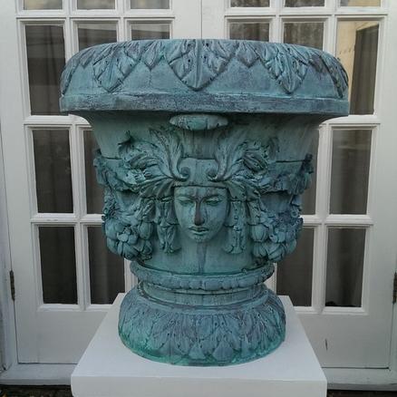 Verdigris Bronze Venus Vase.png
