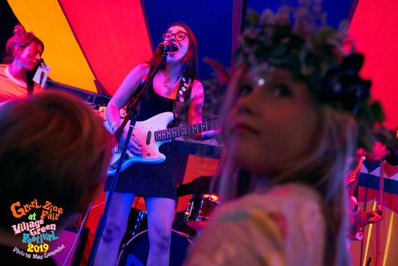 Zu live 2 Grrrl Zine Fair at Village Gre