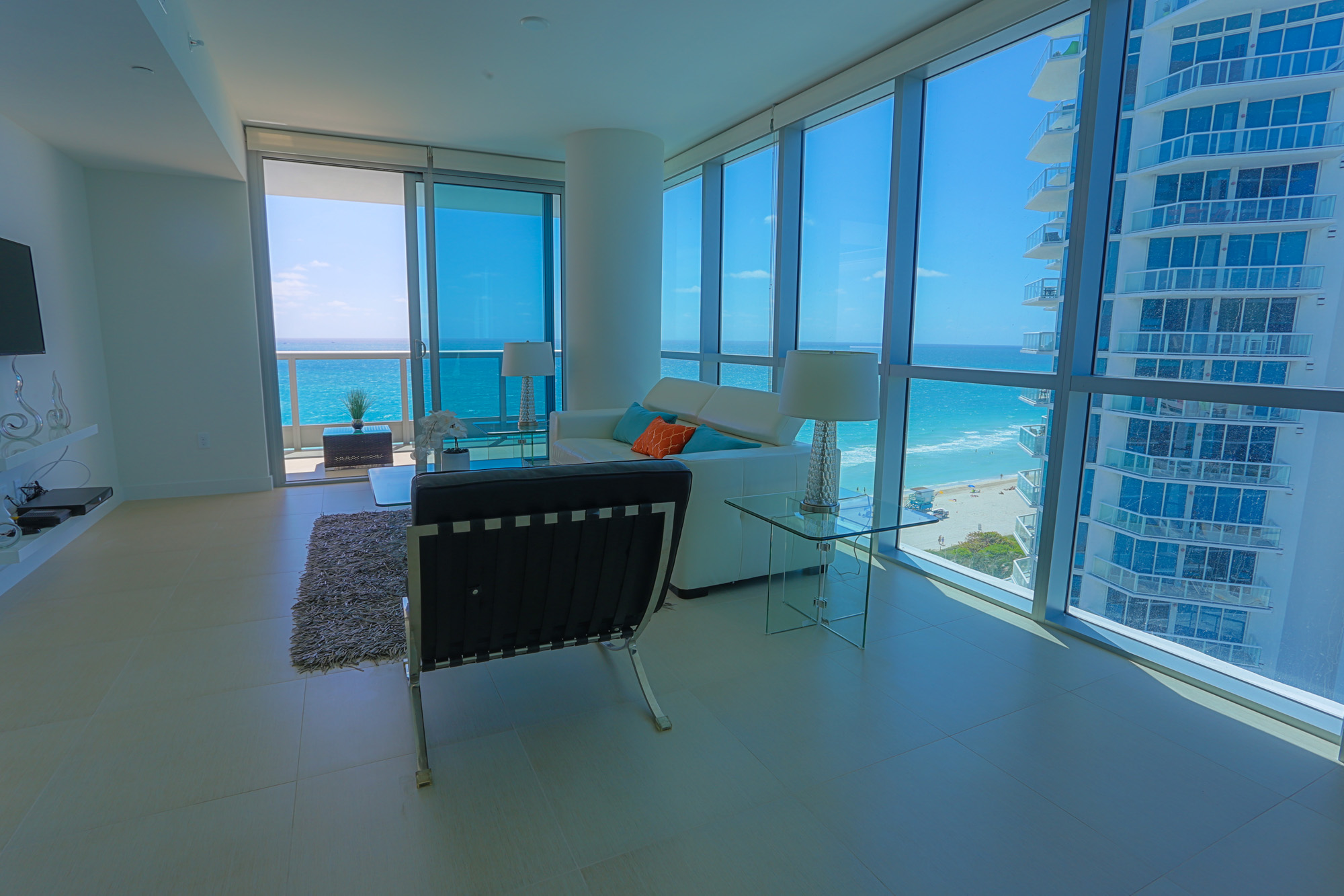 Suite life miami apartment miami beach cheap hotels for Epic apartments miami
