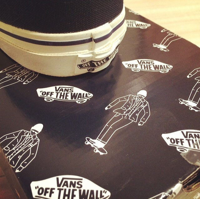 Rimo | United Arrows × VANS Sneaker Box Design