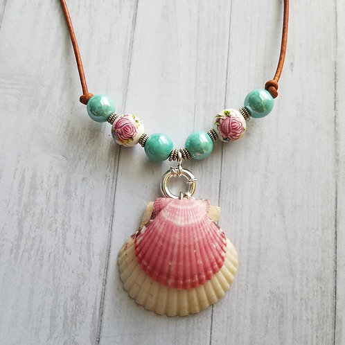 Sorbet Delight Double Scallop Shell Necklace on Leather
