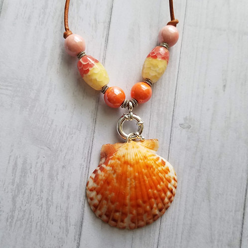 Koi Dream Single Scallop Shell Necklace on Leather
