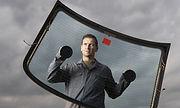 Her marka, modelaraçların ve iş makinalarınınhasarlı camları değiştirilir.