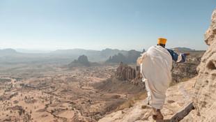 ©Philip_Lee_Harvey_Ethiopia_Preist_2.jpg