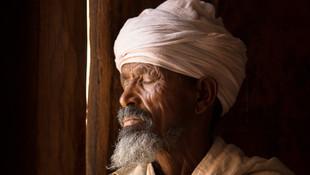 ©Philip_Lee_Harvey_Ethiopia_Priest.jpg