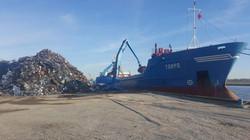 loading boat 2