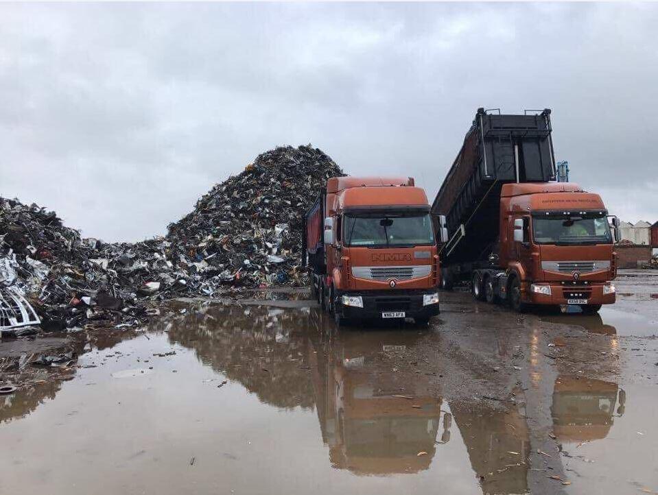 tipping nmr dock 2 x lorries
