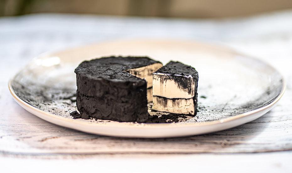גבינת קשיו חצי קשה - פחם