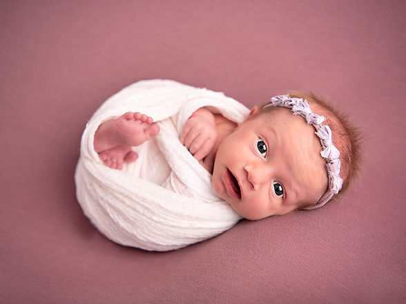 Specialist Newborn Photographer Hull and East Yorkshire  9.jpg