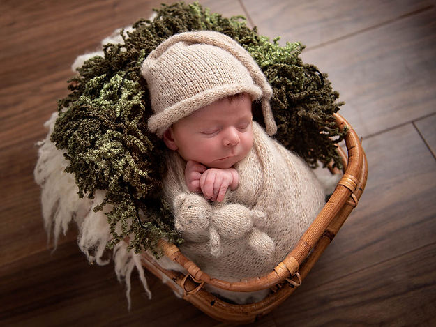 Specialist Newborn Photographer Hull and East Yorkshire  6.jpg
