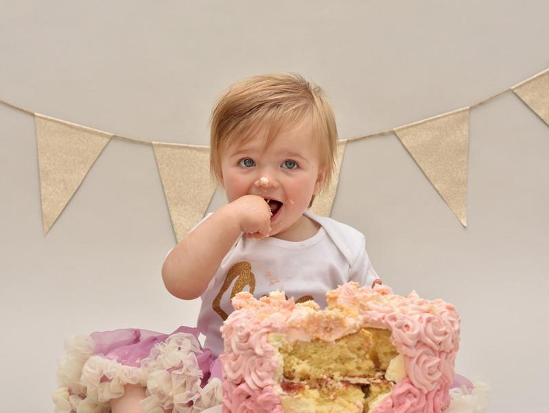 Cake Smash Photographer in East Yorkshire near Hull