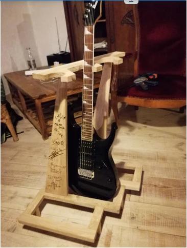 porte guitare.png