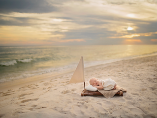 Panama City Beach Outdoor Newborn Photographer | Noel