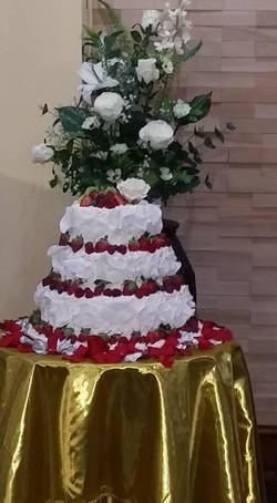 Weeding Cakes