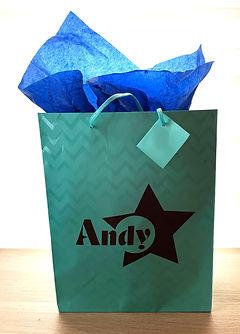 gift-bag_edited.jpg
