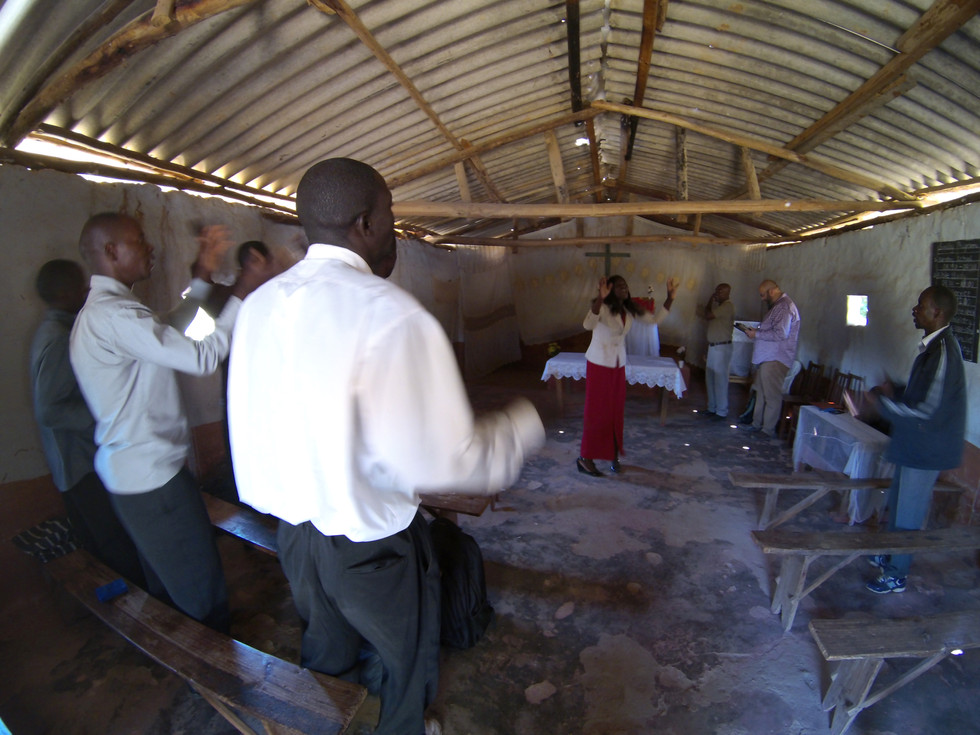 Worshiping together in Mkushi