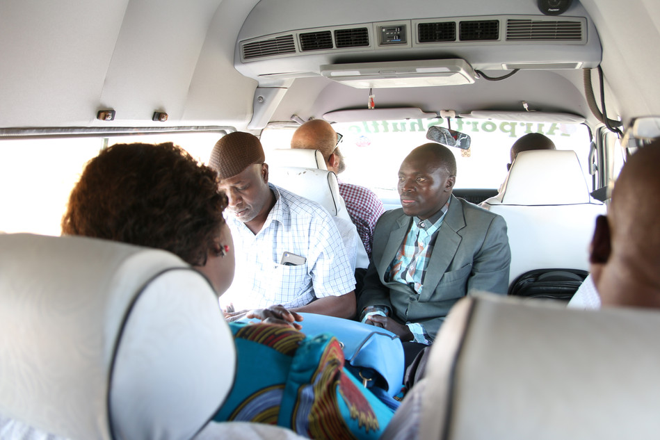 The team on the way from Iringa to Mafinga