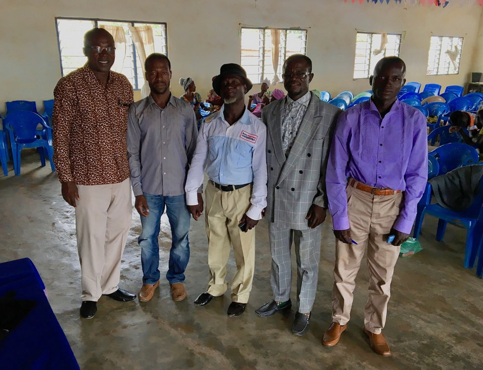 Stephen Aputara with some of his former Bible School students - reunited!