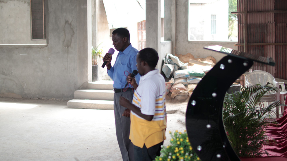 Testimonies shared of how the Lord has worked in their lives through their involvement with SI.
