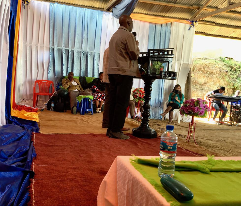 Wandamba encouraging the SI family in Mbeya