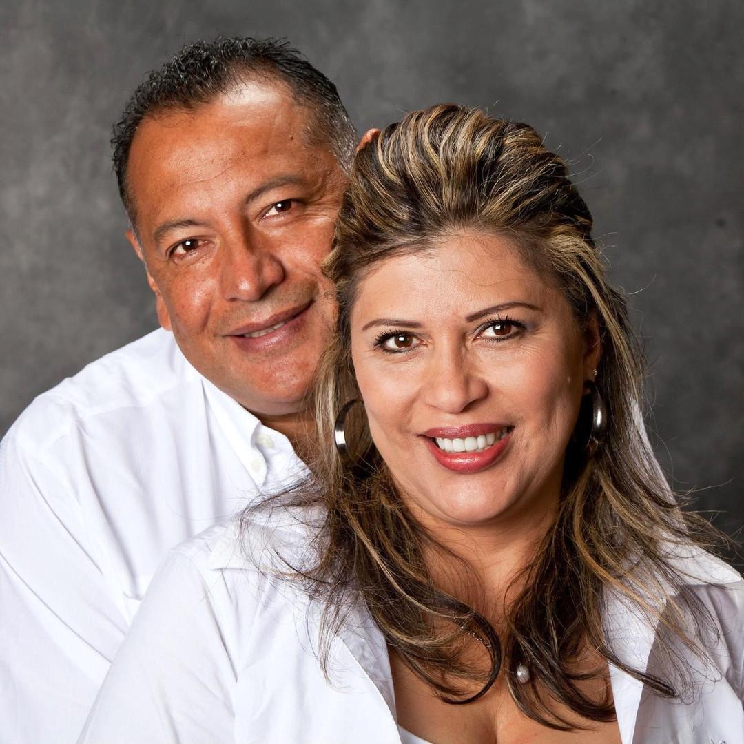 Omar & Anna Piña