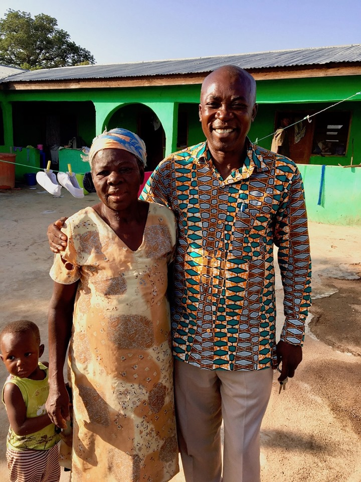 Stephen, with his mom, Abisiboba in Mirigu village. — with Stephen Aputara.