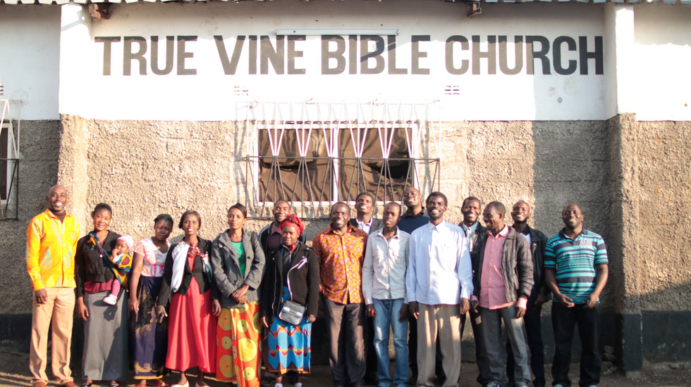 Group photo of a portion of the Pastors and Leaders involved with SI in Kanyama