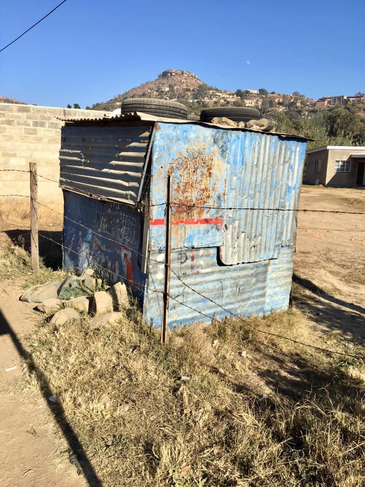 """One of the """"shacks"""" used for selling things by the road. These are all over. Many do not have to pay any rent for their space, so it can be a good firm of business."""