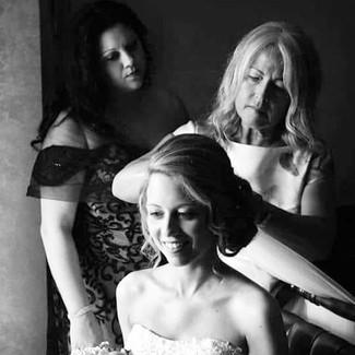 _ Lina at work _ ☺️ #weddinghair #hairup