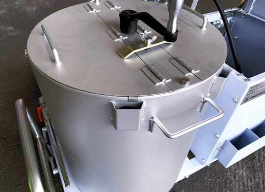 メルトタンクの保温力強化
