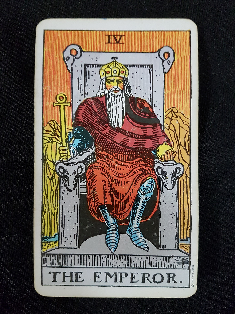 Meaning of The Emperor - lynsreadings.com