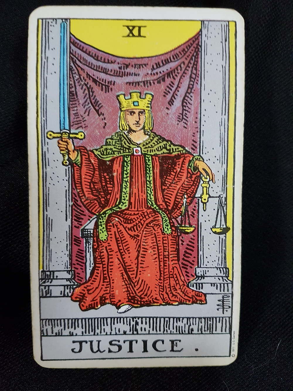 The Justice Card No 11 - lynsreadings.com