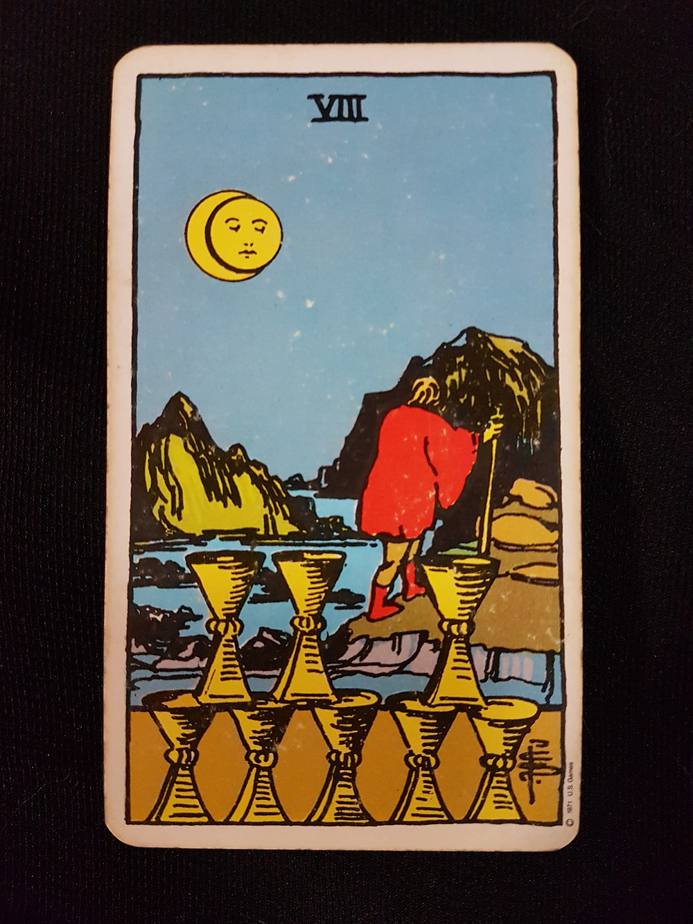 8 of Cups -lynsreadings.com