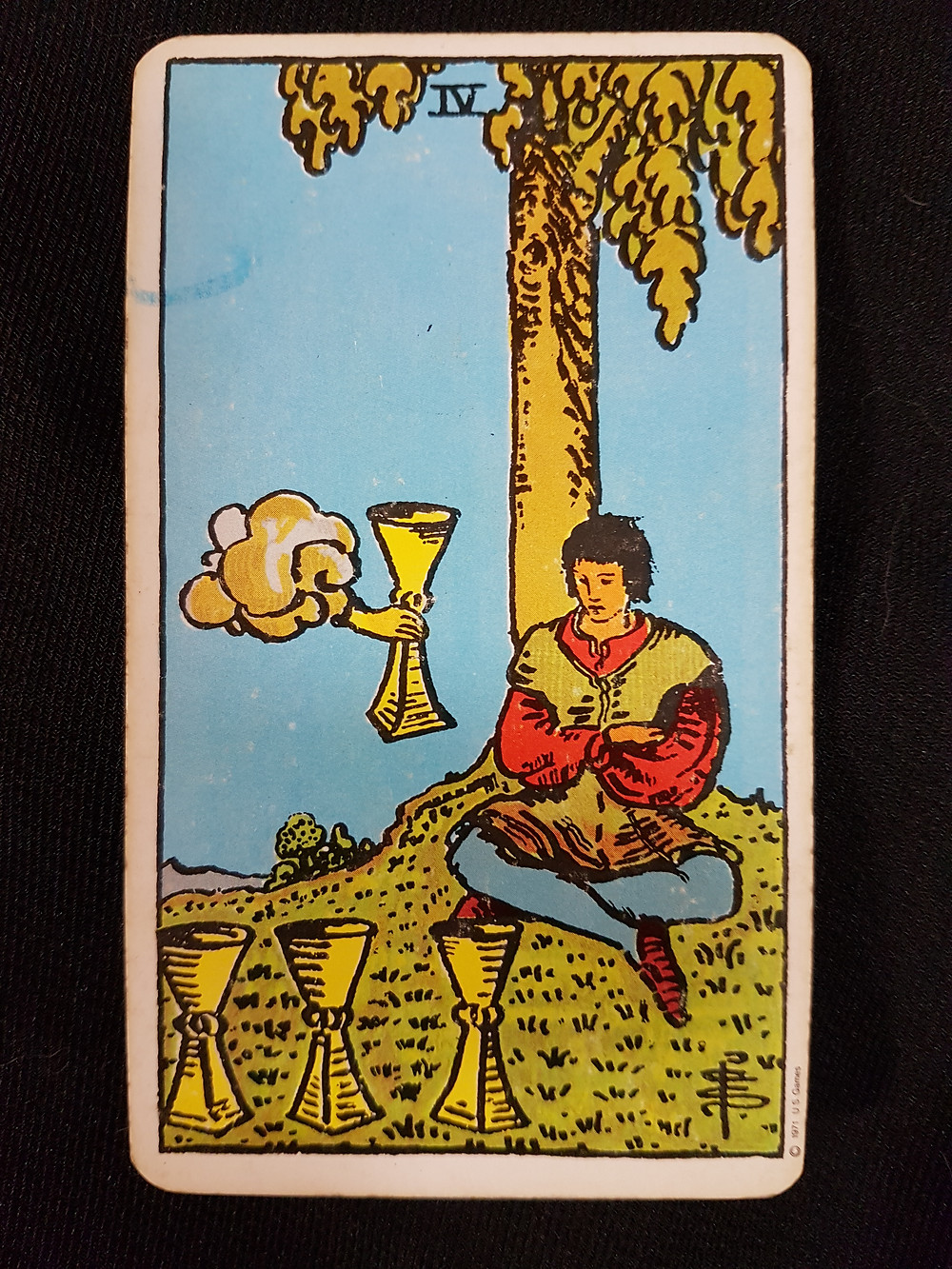 Four of Cups - lynsreadings.com