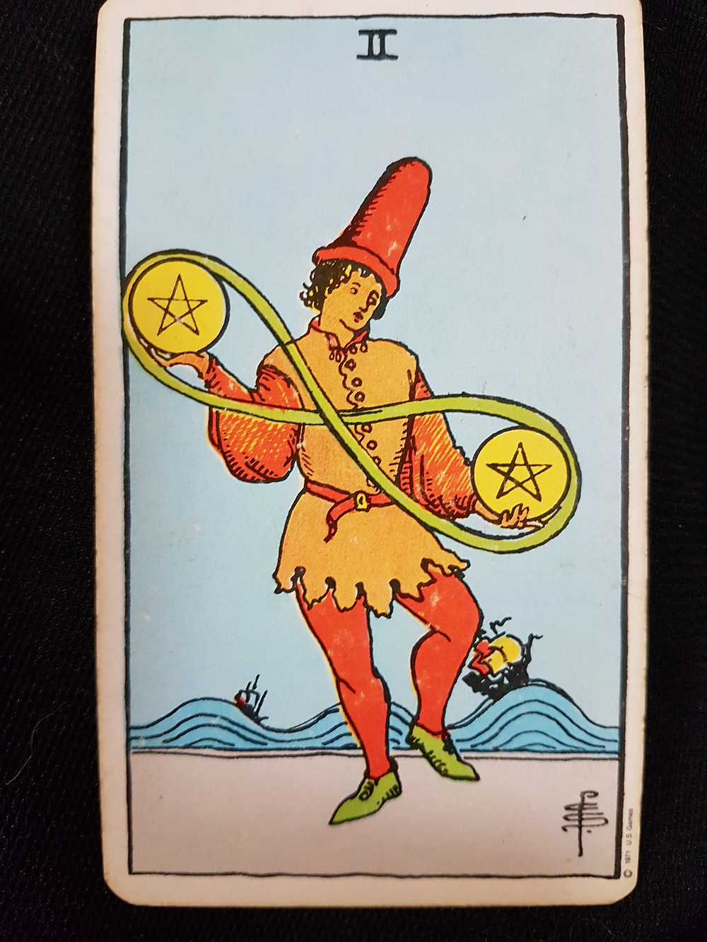 Two of Pentacles - lynsreadings.com