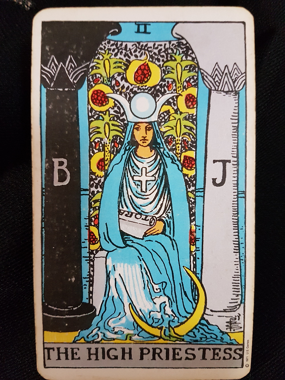 The High Priestess 2 - lynsreadings.com
