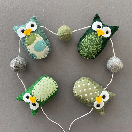Green Owl Garland