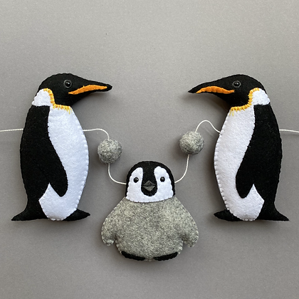 Emperor Penguin Garland