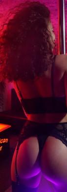 Show sexy Hotesse a American Bar a Lyon