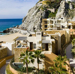 Breathtaking Hospitality at 5-Star Resorts