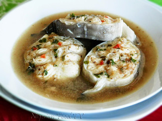 Royal seafood fish pepper soup
