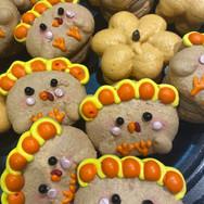Turkey Day Macarons