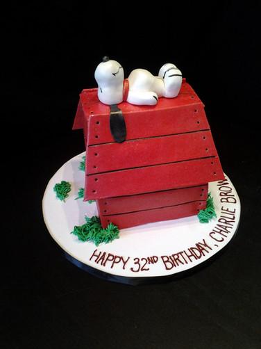 Snoopy Doghouse Birthday Cake