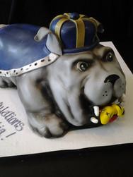 Bulldog and Bee Graduation Cake