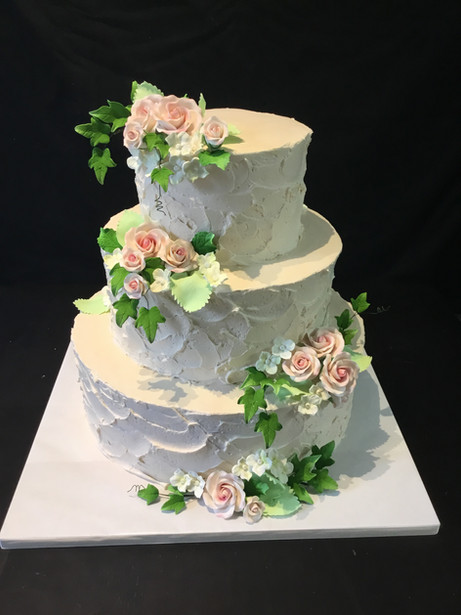Ivory Stucco Buttercream Rustic Wedding with Ivy and Rose Gumpaste Flowers