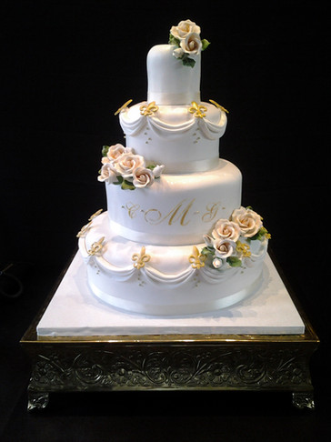 Fleur-de-Lis Fondant Traditional Wedding