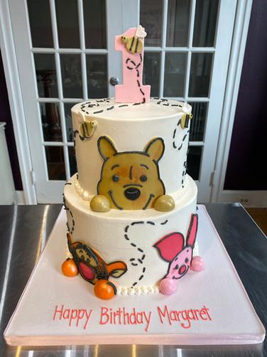 Winnie the Pooh Zooming Bees Birthday Cake