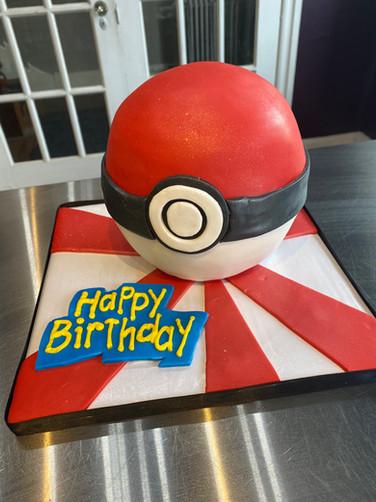 Pokémon Ball Birthday Cake