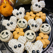 Not-So-Scary Halloween Macarons