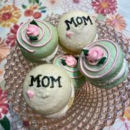 Mama Needs Sweets!